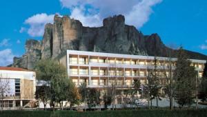 Hotel Divani
